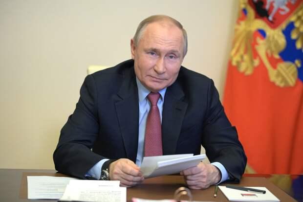 Путин вернул в наградную систему звание заслуженного ветеринара