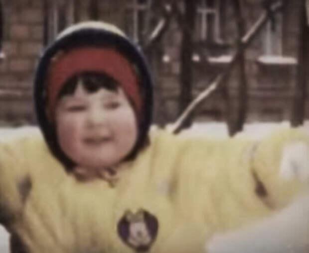 """Дочь Людмилы Шевель, Катюша (фото из программы """"Привет, Андрей"""")"""