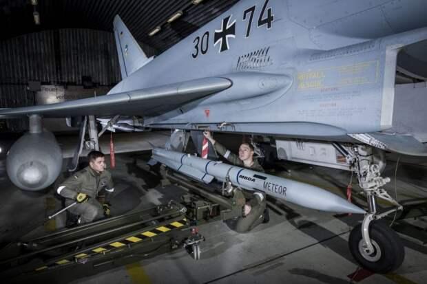 Истребители Typhoon ВВС Германии получили потенциально мощнейшую ракету класса «воздух — воздух»