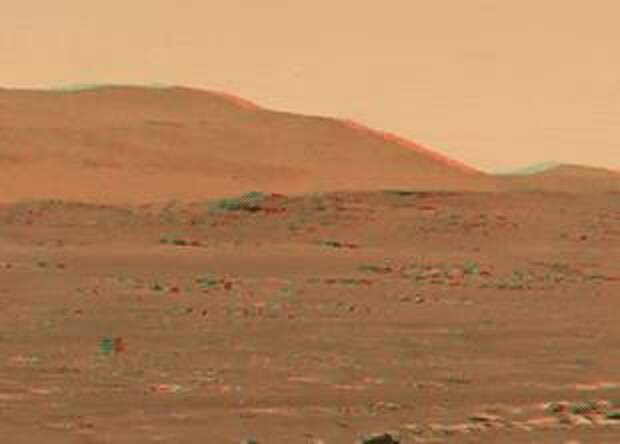 NASA показало 3D-видео полета марсианского дрона