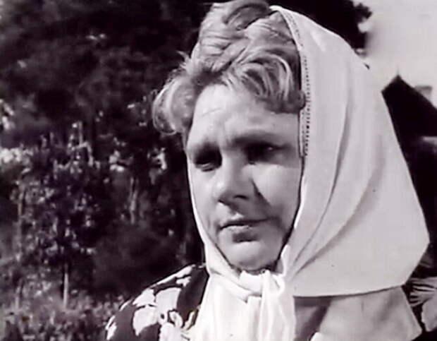 Какой была в молодости бойкая мать Гали из комедии «За двумя зайцами», и непростая жизнь актрисы