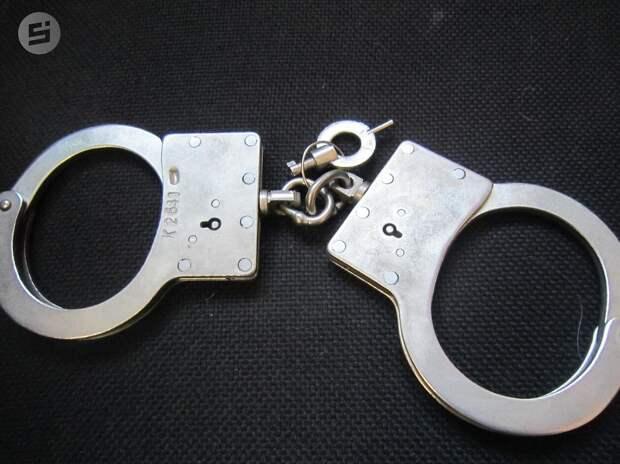16-летнюю девочку арестовали за избиение сверстницы в Ижевске