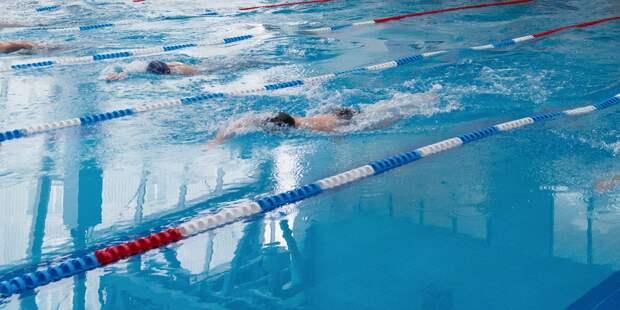 Команда Войковского взяла «бронзу» на окружных соревнованиях по плаванию