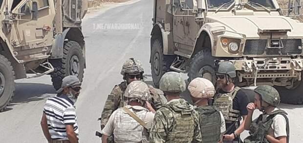 Российские военные показали американскому патрулю, кто в Сирии хозяин