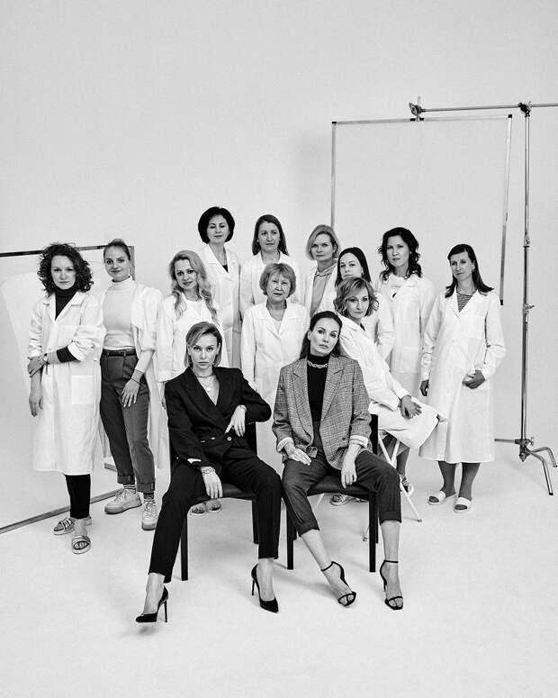 Героинями нового лукбука Laroom стали сотрудницы бренда