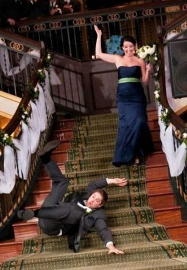 О, девушка, похоже ваш жених от вас ускользнул! | Фото: Depo.ua.
