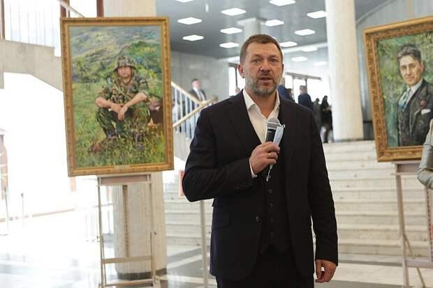 Депутат Госдумы Дмитрий Саблин открыл выставку «Имена Победы» в РАНХиГС