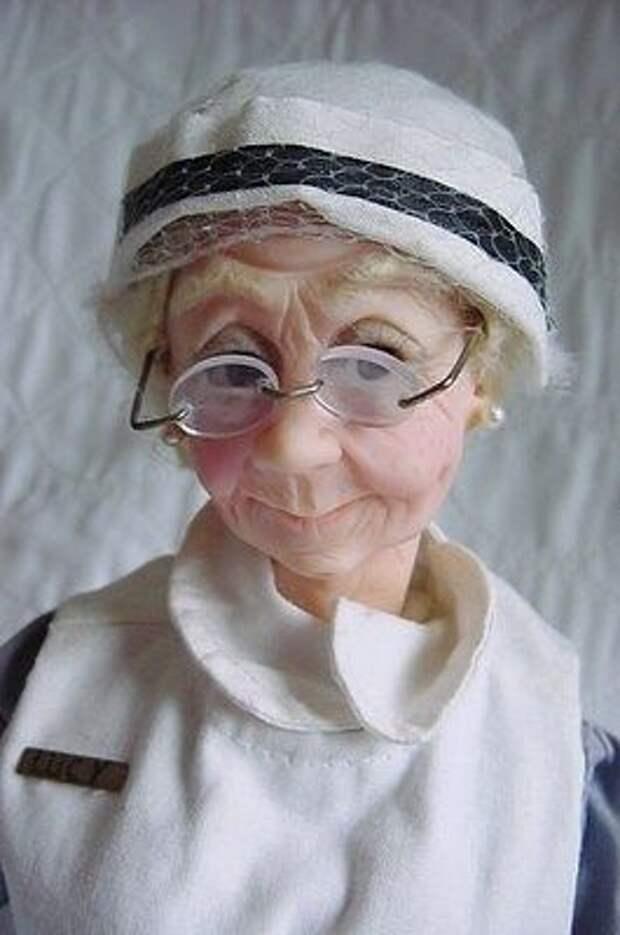 Смотрю на этих кукол ручной работы и вспоминаю свою бабушку, такие они добрые и позитивные! Это стоит вашего лайка!