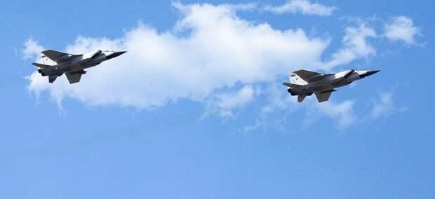 «Кинжалы» наголо: в Сирию отправили самолеты-носители российских гиперзвуковых ракет