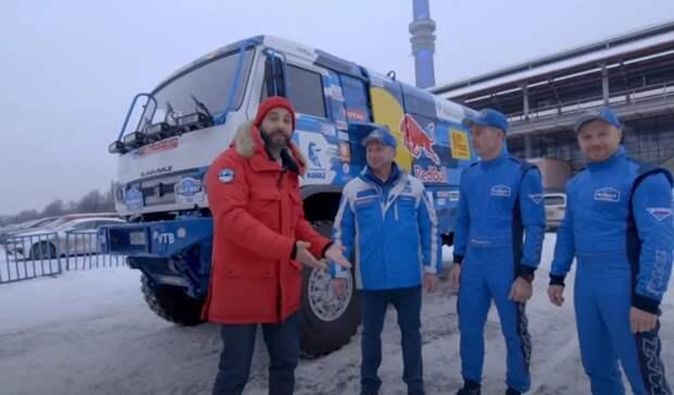 Иван Ургант утопил грузовик «КАМАЗ-мастер» в Останкинском пруду