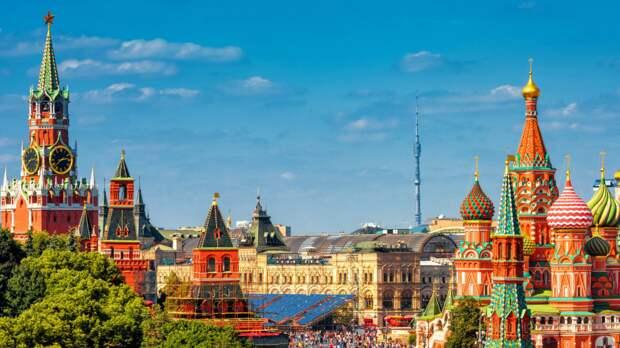 Пенсионеры из Марьиной рощи узнают об интересных исторических фактах о столице