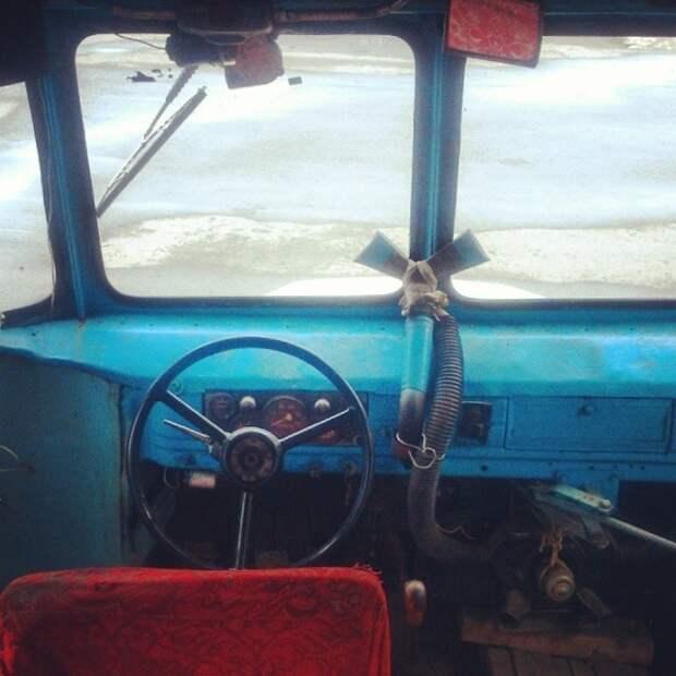 И уж конечно должны помнить тот самый рычаг, с помощью которого вручную открывалась дверь автобусы, воспоминания, детство, ностальгия