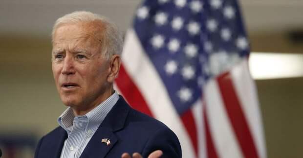 «Сонный Джо» спешит на помощь российским либералам?