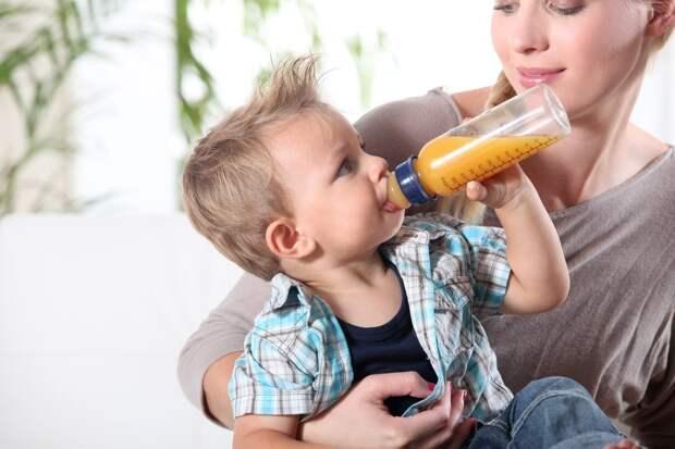Странные привычки малышей: когда начинать беспокоиться?