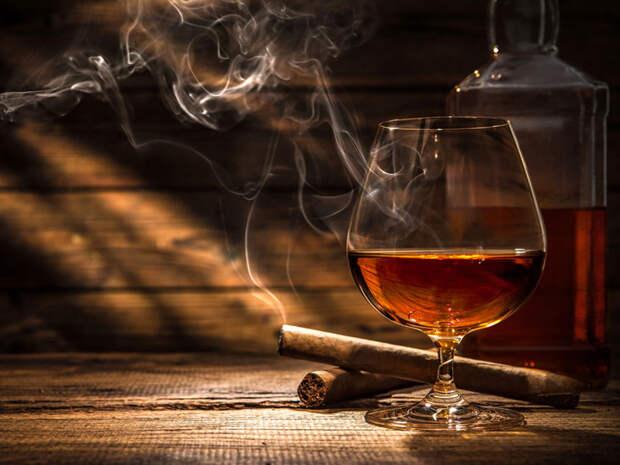 Алкоголь и табак ускоряют старение мозга...