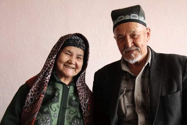 Современные узбеки живут лучше россиян: 3 причины почему (жилье, родственники, старики)
