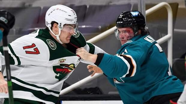 В сборную России вызвали загадочного защитника. Два года назад Кныжов играл в ВХЛ, а теперь его хвалят легенды НХЛ