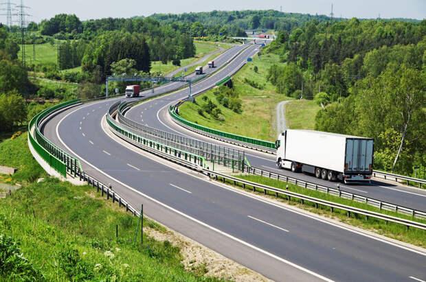 Россиян хотят заставить платить за бесплатные дороги