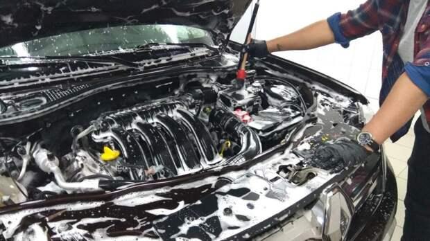 Как правильно мыть двигатель автомобиля самому: пошаговая инструкция