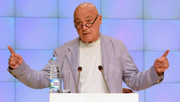 Познер посоветовал россиянам избавляться от привычки «ждать барина»