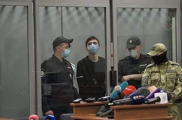 Ильназа Галявиева, расстрелявшего школьников в Казани, доставят в НИИ им. Сербского