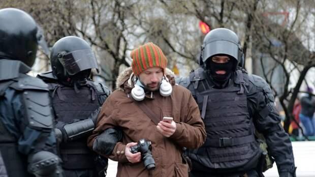 Блогер Камнев: люди и знать не знают о существовании Резника и Вишневского