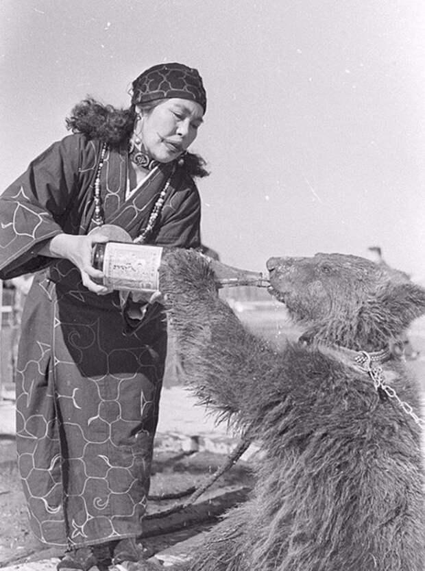 Найдены редкие фото таинственного народа - айну