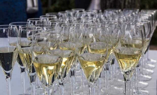 Эксперты обсудили идею временного запрета продажи алкоголя в России