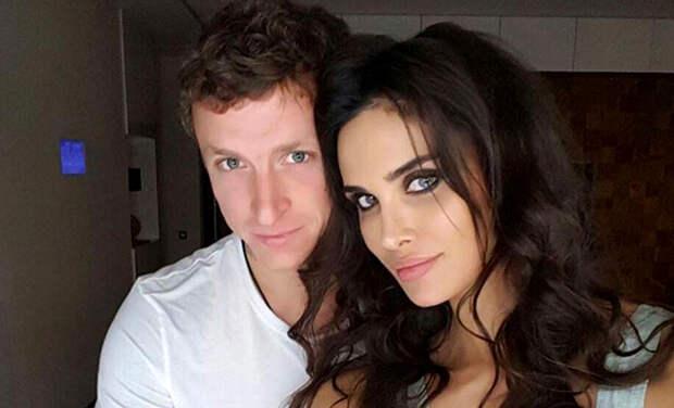 Это официально: Павел и Алана Мамаевы развелись
