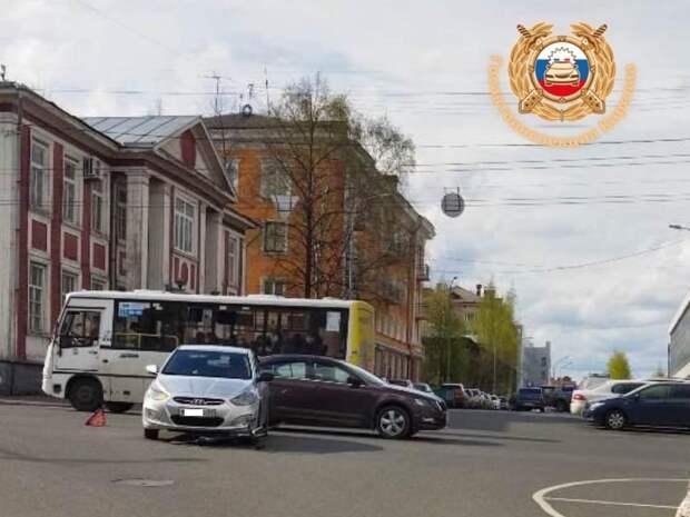 В центре Петрозаводска водитель сбил велосипедиста