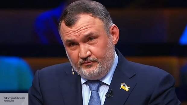 Кузьмин заявил о планах власти отдать одну часть Украины ЕС, вторую - РФ
