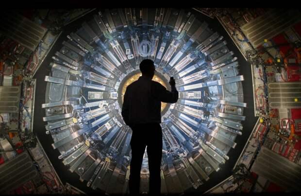 Я физик из ЦЕРН (Послание Эдварда Мантилла): «Мы сделали то, чего не должны были делать»