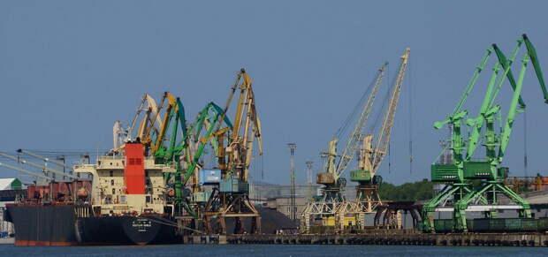 Минск и Москва наносят сокрушительный удар по прибалтийским портам