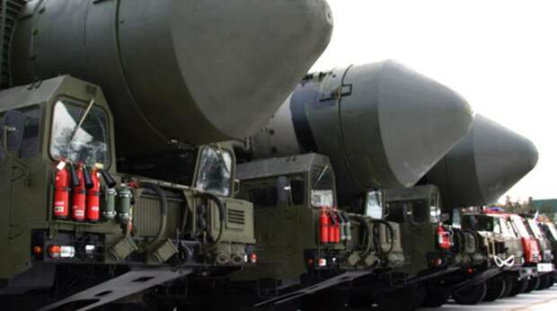 """«Разорвет в клочья»: Рогозин оценил потенциал новой ракеты """"Сармат"""""""