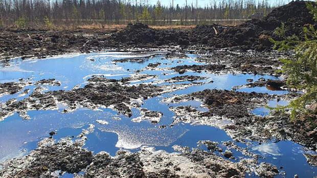 Режим ЧС ввели еще в двух районах Коми из-за нефтеразлива