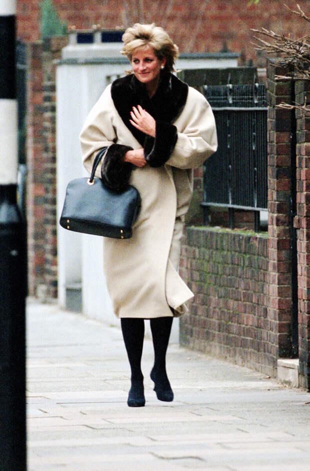 Почему модницы до сих пор в восторге от стиля принцессы Дианы