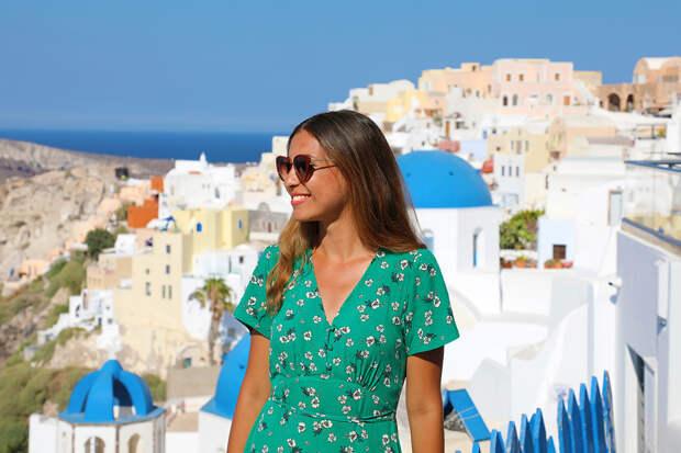 Названа минимальная стоимость недельного отдыха в Греции
