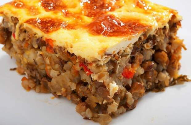 Запеканка по-гречески: берем все, что есть в холодильнике и делаем вкусноту