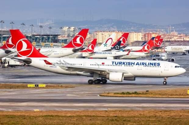 СМИ: Россия продлит ограничения авиасообщения с Турцией после 1 июня