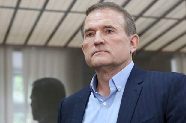 Суд отклонил ходатайство о взятии Медведчука на поруки