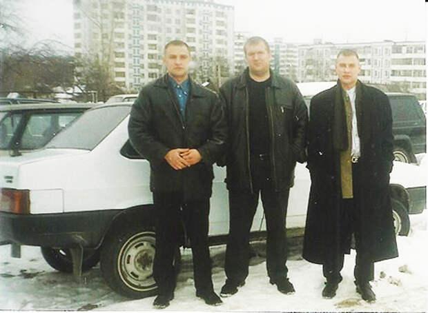 Крутовские бойцы, 1997 г. Фото, изъятое при обыске.