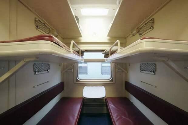 Опубликованы фотографии вагонов в крымских поездах