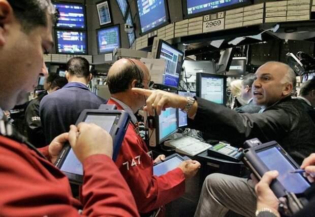 """Рынок нефти начал неделю падением из-за штамма """"дельта"""""""