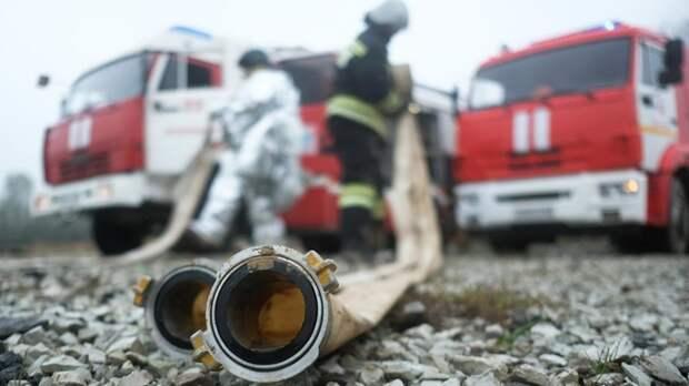 При пожаре на строящемся сухогрузе в Нижнем Новгороде погибли двое