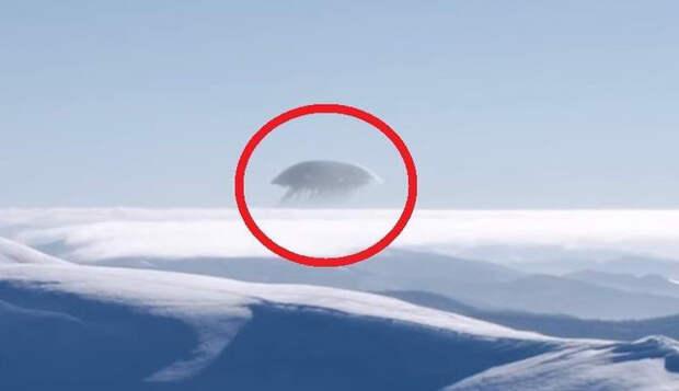 В горах Кавказа засняли на видео гигантскую «медузу»