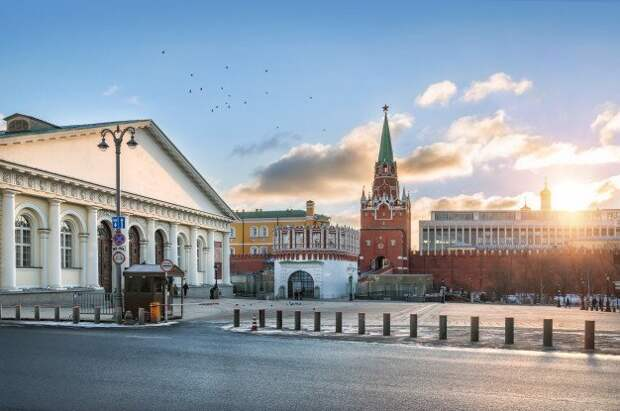 Позитивный настрой: социологи о настроениях россиян и рейтингах политиков