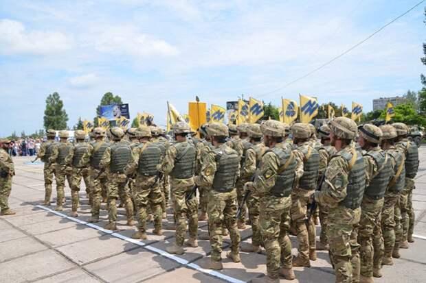 Глава правосеков Билецкий признал отсутствие ВС РФ в Донбассе