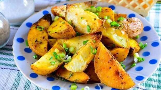 Шеф-повар объяснил, как готовить идеальную жареную картошку