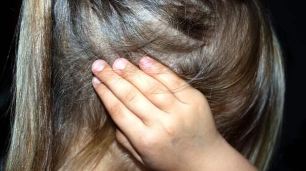 Школьницу из Ленобласти шесть лет насиловал безработный сожитель матери