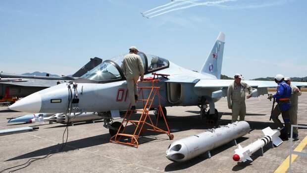 Учебно-боевой самолет Як-130 ВВС РФ